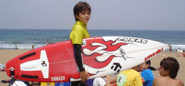 CAMPS DE SURF, MULTIAVENTURA , INGLÉS-PINPOIL 2020